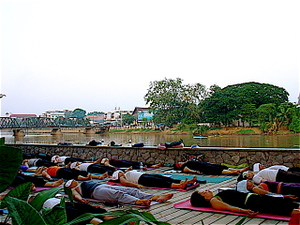 Sleeping_yoginis_3